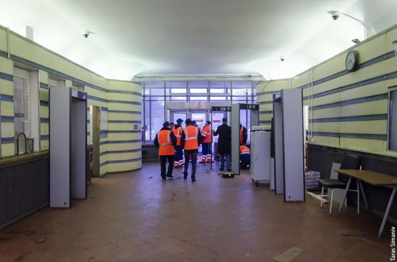 12. Западный вестибюль станции «Фили» в процессе реконструкции. Фото - Тарас Симанив. 2016 г.