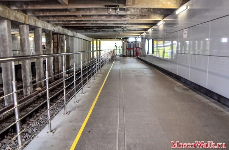 51. Платформа станции «Фили» после реконструкции. Фото - moskowalk.ru. 2017 г.