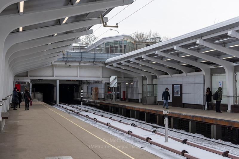52. Платформа станции «Фили» после реконструкции. Фото - Фото - metromen.livejournal.com. 2018 г.