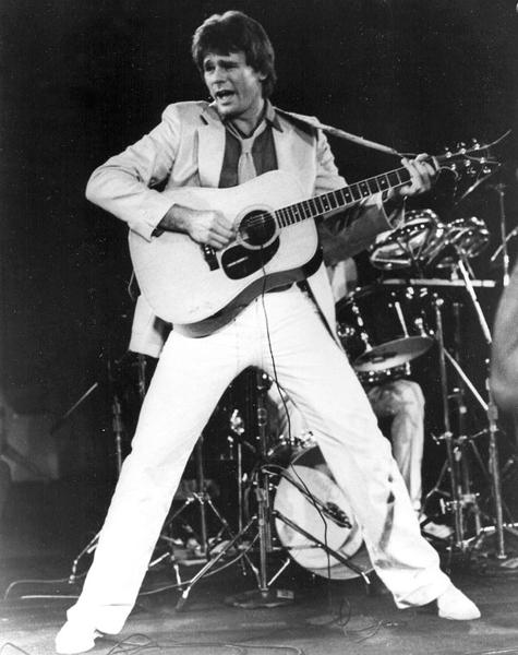 1979est-promo