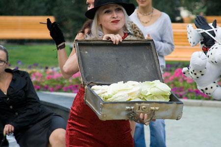 http://ic.pics.livejournal.com/lomograf/15070806/406631/406631_original.jpg