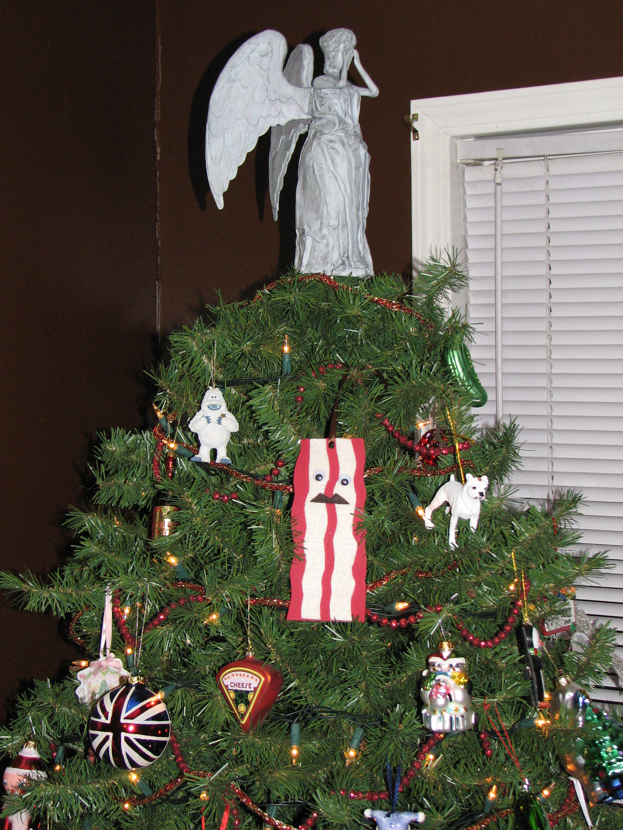 Weeping Angel tree topper: doctorwho