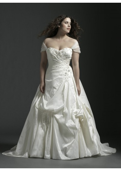 taffeta-sweetheart-strapless-neckline-beaded-applique-lace-up-rouched-bodice-a-line-style-plus-size-wedding-dress-wp-0092