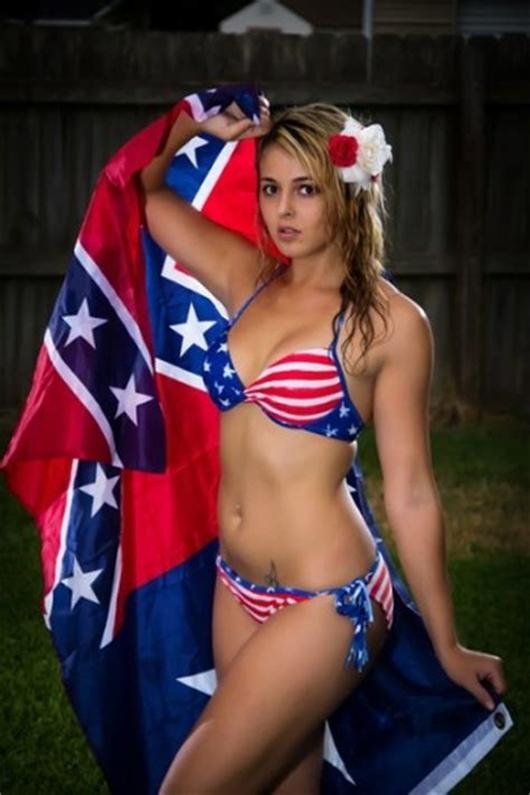 Free american flag nude girl in bikini