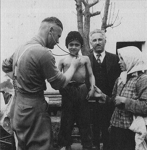 Издевательства фашистами над женщинами фото 39-40