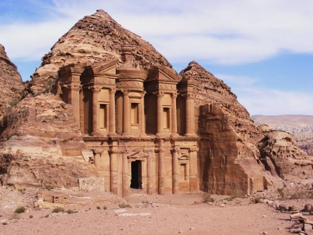 Петра, Иордания - день 1, продолжение: монастырь Ад-дир и конец ...