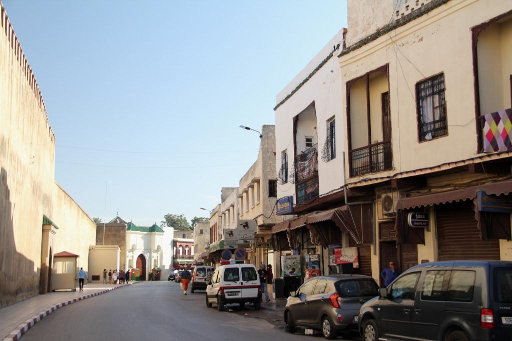 город танжер фото еврейского квартала руки груди классическая