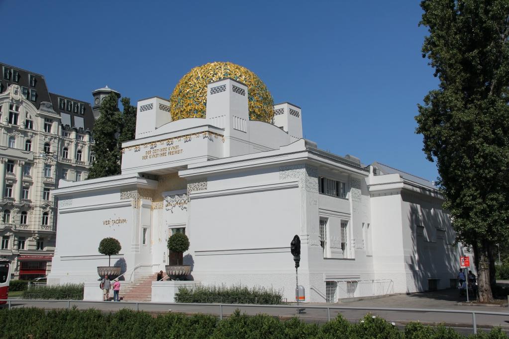 7 - Klimt Secession.jpg