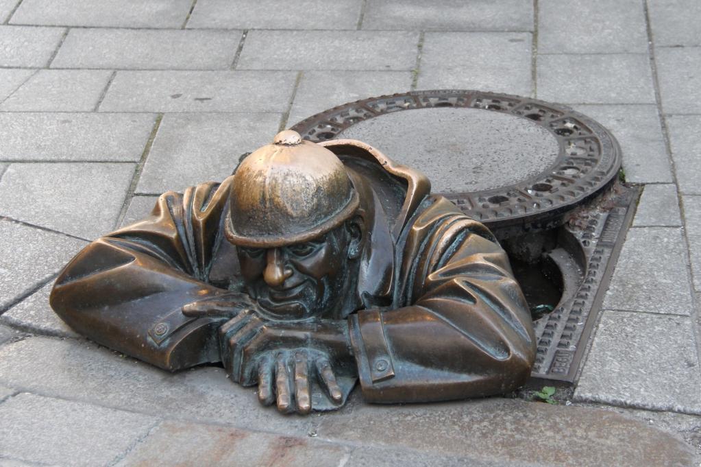 10 - Bratislava Cumil.jpg