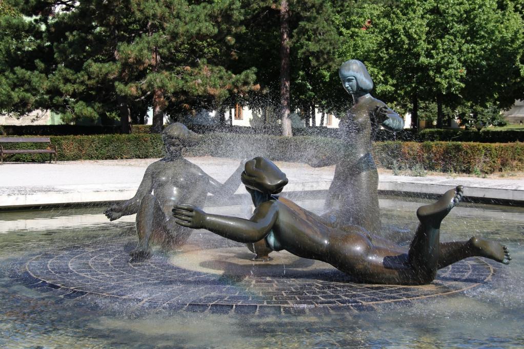 10 - Bratislava Sculptures.jpg