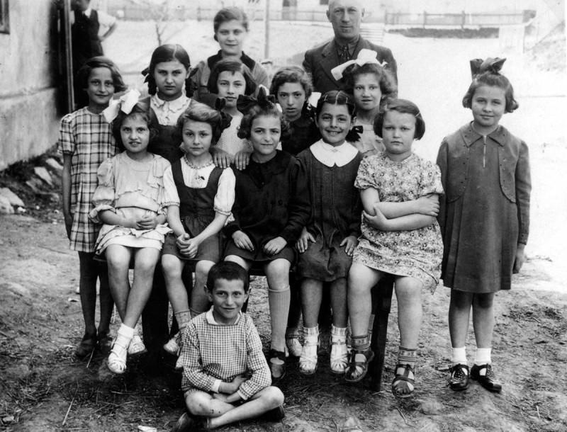 Окончание первого класса. 1939 год. Польша.
