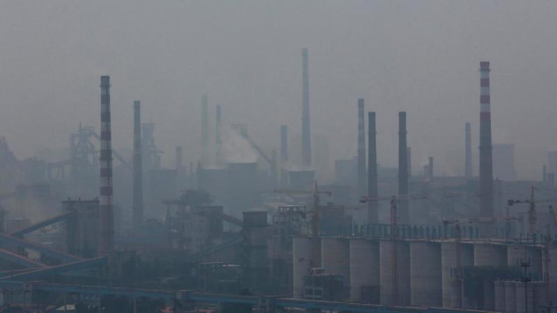 Смог одного китайского завода.