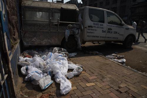 Медицинские отходы на улице