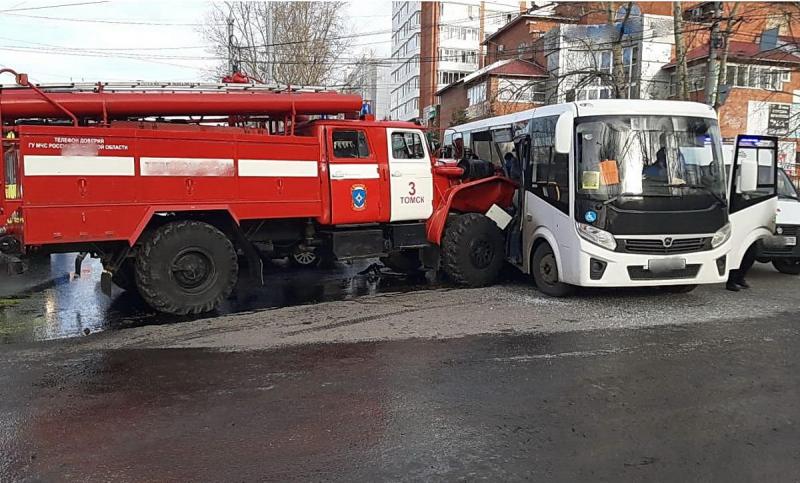 30_oktyabrya,_Tomsk(3)(2)-800x600