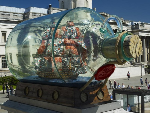 Yinka Shonibare - Nelson's ship in a bottle