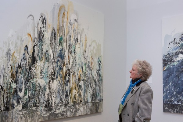 Maggi Hambling, Walls of Water