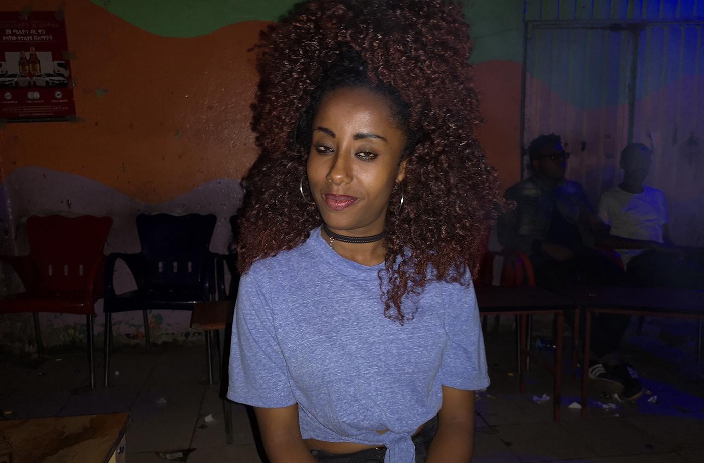 Это оказалось тем, что способно поднять на ноги любого! Девушки на улицах Аддис-Абебы!