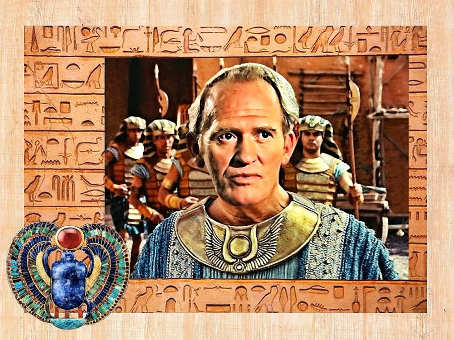 EgyptianPapyrusBackdrop4CowleyJ1 Fujivelvia20.jpg