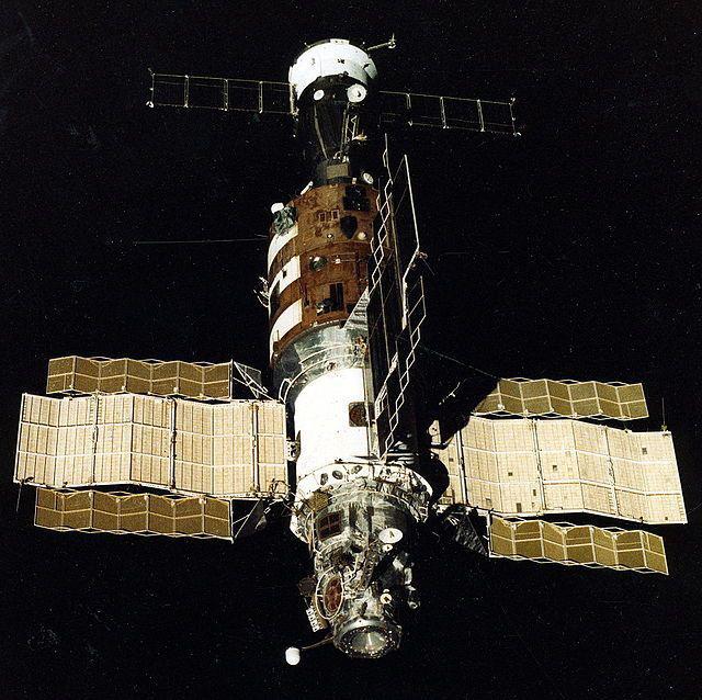 Как на самом деле сближались со станцией «Салют-7»