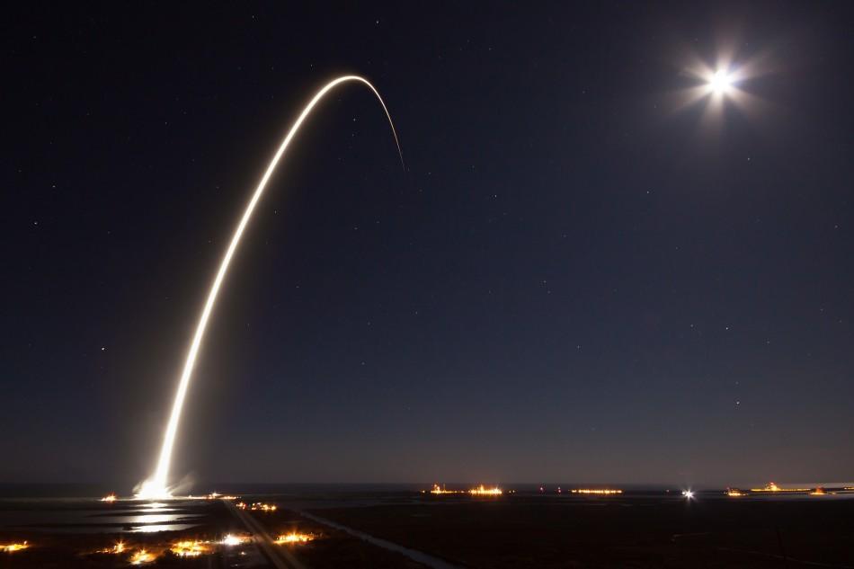 Исторический пуск SpaceX на фоне экономических вопросов