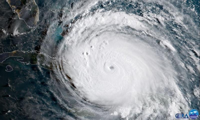 Под ударами стихии: Космический центр Кеннеди готовится к урагану «Ирма»