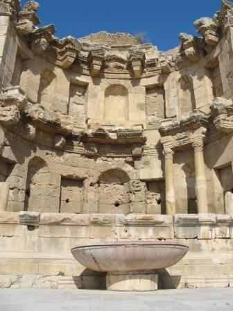 6 Jerash-nymphaeum