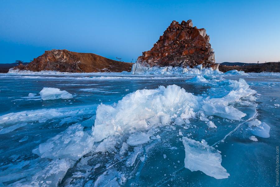 Ледяная лазурь Байкала
