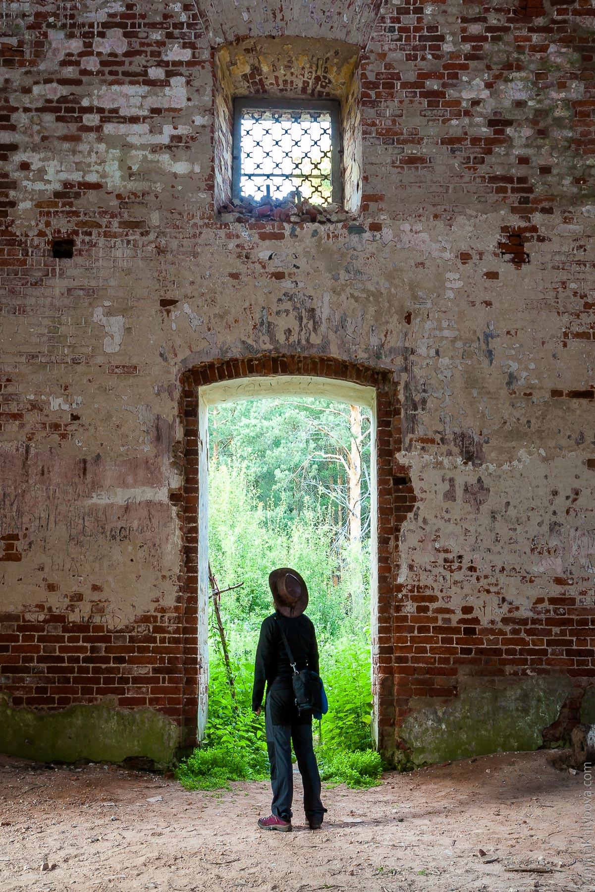 Опустевшая церковь
