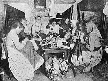 Ложкарное производство. Кустарные промыслы России 1910-е гг.
