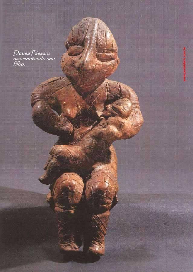 bird-goddess-breastfeeding-her-son-measures-21-cm-5000-years-bc-serbia