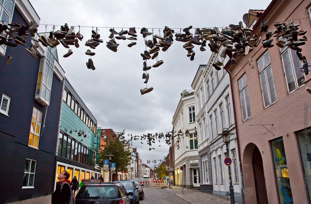 кроссовки на проводах 2