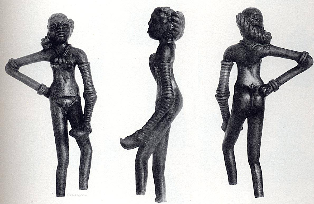 Статуэтка танцовщицы из Мохенджо-Даро