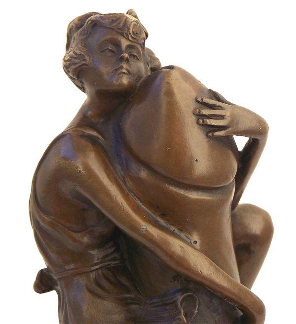 Art Deco Erotik Bronze, Frau am Phallus signiert Bruno Zach