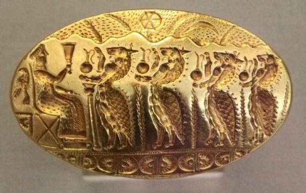Микены-15-века-до-н.э.-шествие-Лвов-к-царице