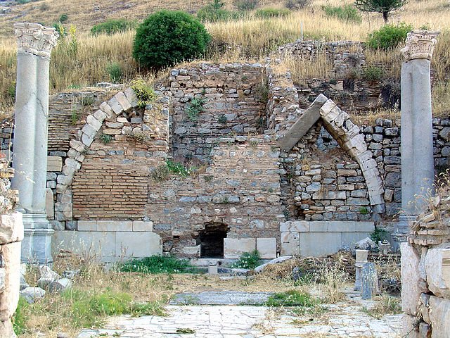 Prytaneion-in-Ancient-Ephesus