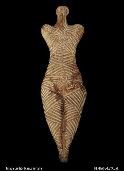 female_figurine_front
