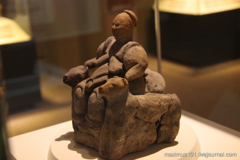 Богиня Мать из Чатал-Хююка (5750 г. до н.э.)
