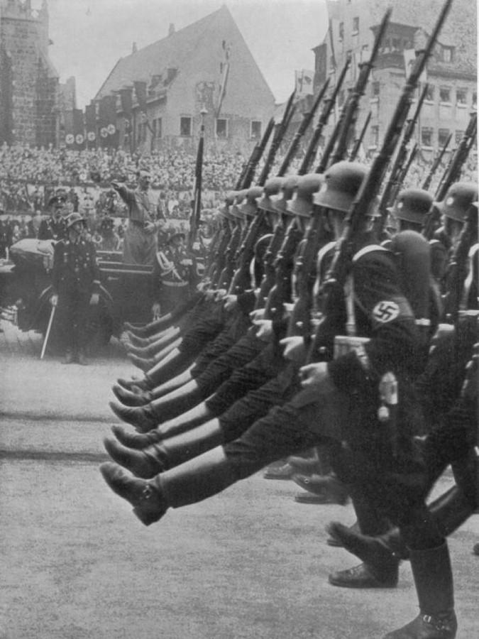 прусский-строевой-шаг-СС
