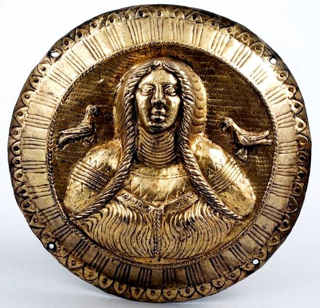 galiche-2-1-c-bc-thracian-silver-gilt-horse-harness-appliquc3a9-2nd-1st-century-bce-found-in-galiche