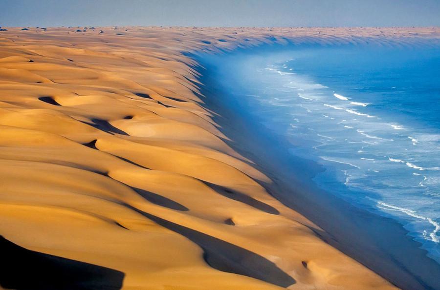 пустыня Намиб и Атлантический океан