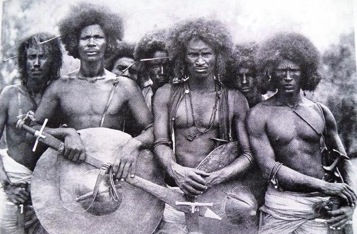 Воины племени беджа. Судан.