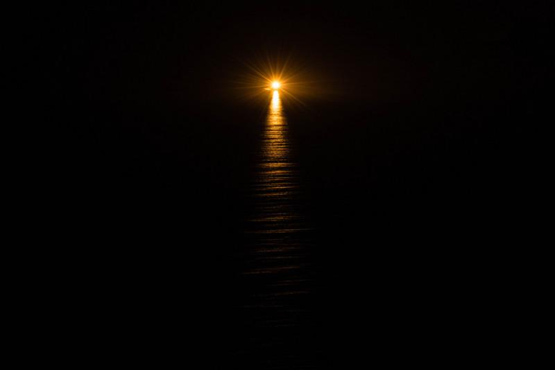 свет из тьмы