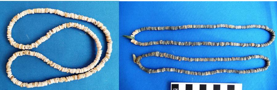 Calcite beads
