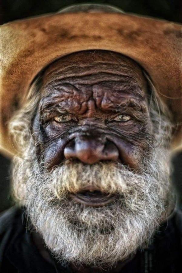 Из австралийских аборигенов..