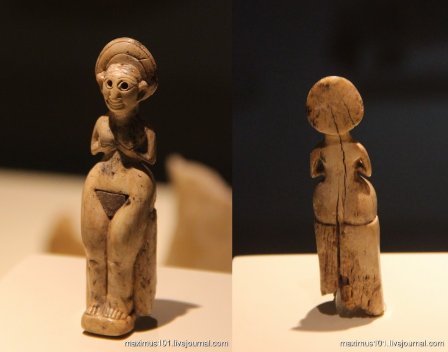 Фигурка богини Кубабы-Кибелы из Каниша, кость, 18 век до н.э.
