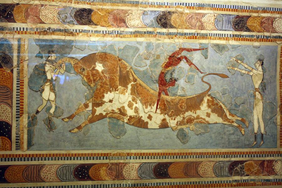 Ритуальная игра с быком. Фреска из Кносского дворца. 15 в. До Р.Х. Гераклион. Археологический музей