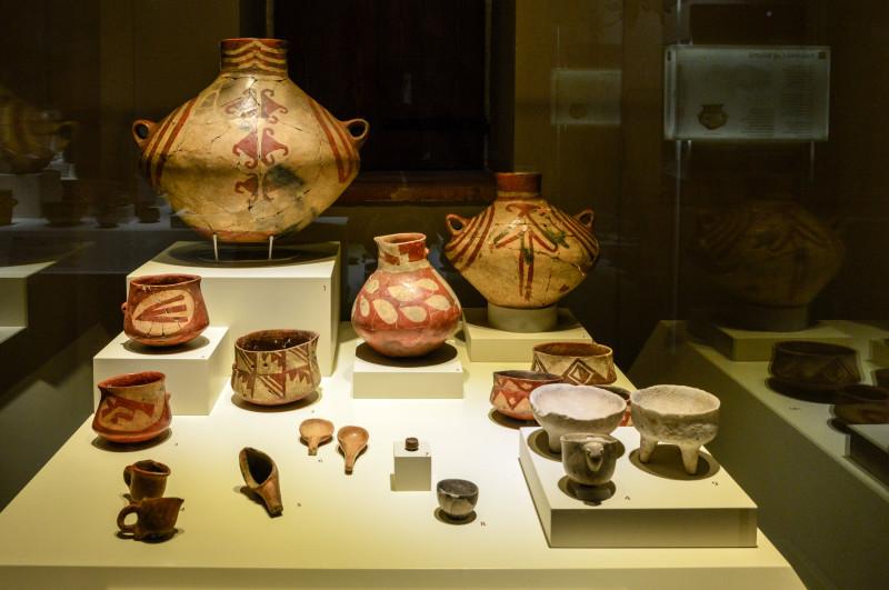 Керамика и вазы из Хаджилара