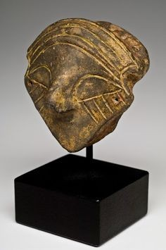 vinca head with mask 1