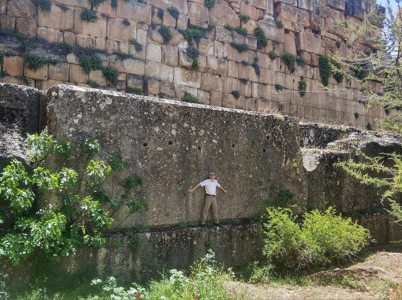 Temple of Jupiter, Baalbek 2