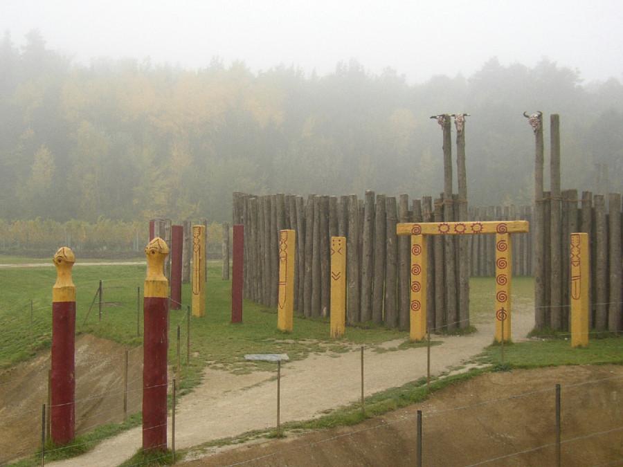 Rekonstruierte_Kreisgrabenanlage2